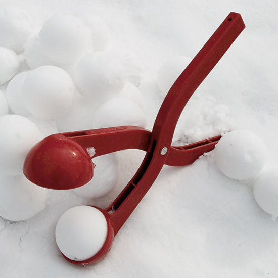 Sno-baller-snow-ball-maker-7